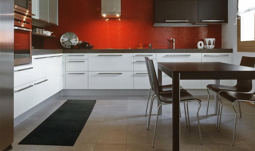 Vendita online tappeti moderni - Cucina grigio antracite ...