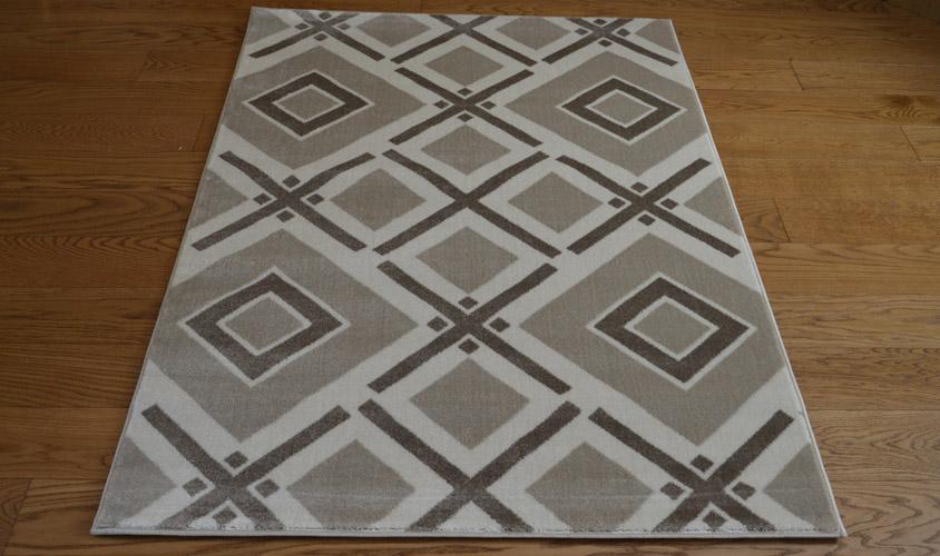 Tappeto arredamento moderno 3172 23n73 tappeto beige for Arredamento moderno economico