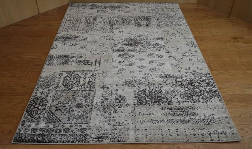 Tappeto economico stile vintage tappeto beige patchwork for Tappeti dalani